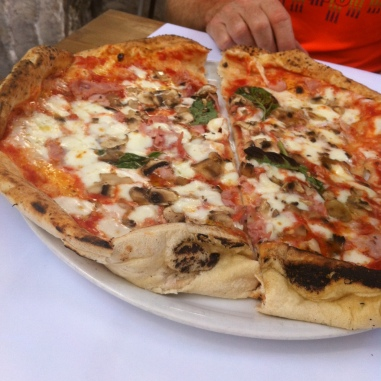 Naples = pizza!