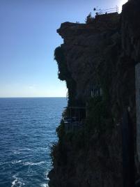 cliffside cafes, Vernazza