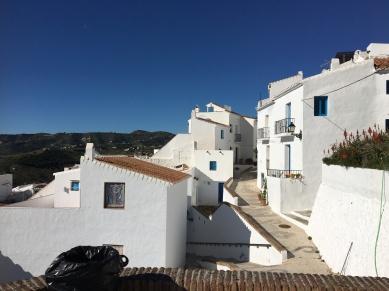 Pretty Pueblo Blanco